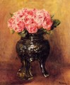 Roses In A China Vase - Pierre Auguste Renoir