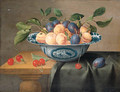 Plums and nectarines in a porcelain bowl with cherries on a partly draped table - Jacob van Hulsdonck