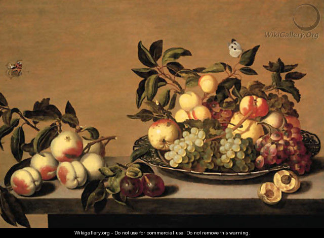 Fruit Grapes, peaches, apples and a pearon a Waanli