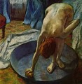 Woman in the bathtub - Edgar Degas